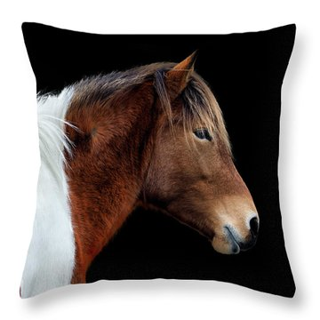 Susi Sole Portrait On Assateague Island Throw Pillow
