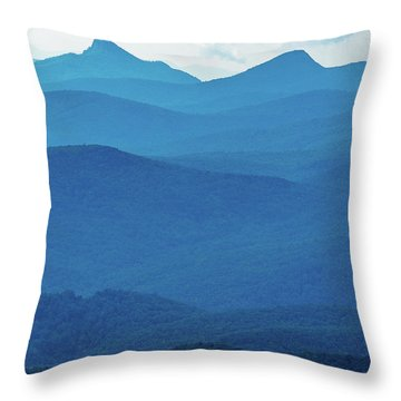 Table Rock And Hawksbill  Mountain - Linville North Carolina - Blue Ridge Parkway Throw Pillow