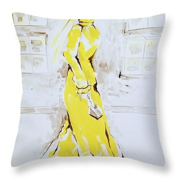 Fashion Girl Yellow 2018 Throw Pillow
