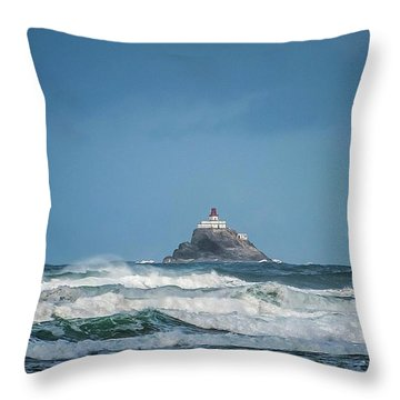 Tillamook Rock Lighthouse Near Cannon Beach Throw Pillow
