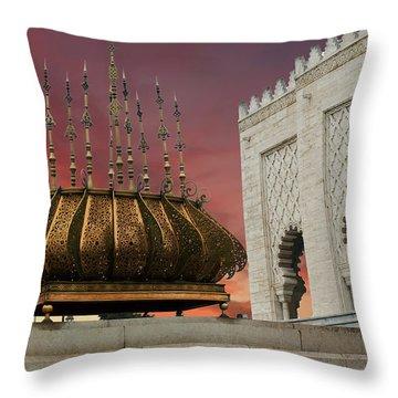 Traditional Outdoor Lighting Urn, Mausoleum Throw Pillow