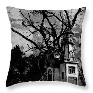 Treehouse I Throw Pillow