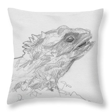 Tuatara Throw Pillow