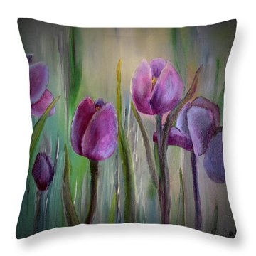 Tulip Passion Throw Pillow