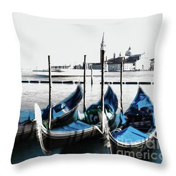 Venezia High-key, Italy Throw Pillow