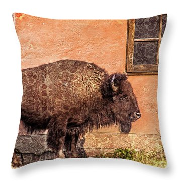 Wallpaper Bison Throw Pillow