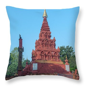 Throw Pillow featuring the photograph Wat Pa Chedi Liam Phra Chedi Liam Dthcm2670 by Gerry Gantt