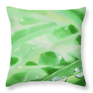 Watercolor Realism Morning Dew Drops Throw Pillow
