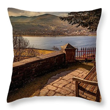 Welsh Lake Viewpoint Throw Pillow