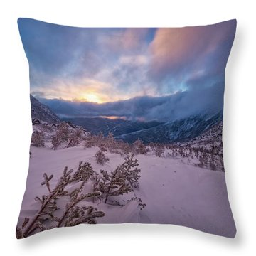 Windswept, Spring Sunrise In Tuckerman Ravine Throw Pillow