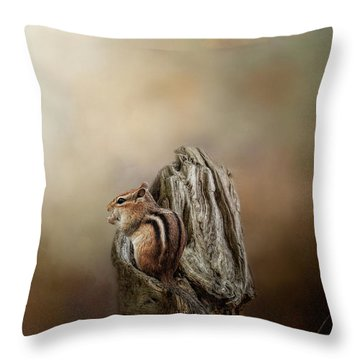 Woodland Visitor Throw Pillow