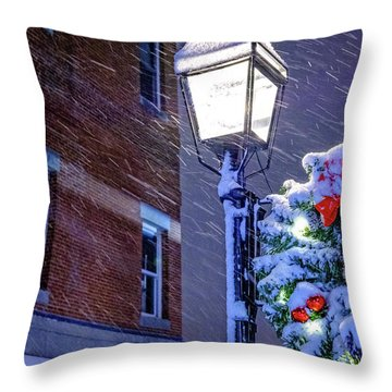 Wreath On A Lamp Post Throw Pillow