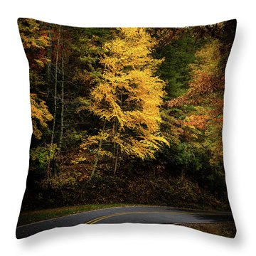 Throw Pillow featuring the photograph Yellow Tree In The Curve by Chrystal Mimbs