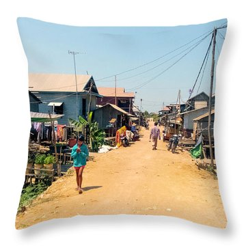 Young Girl - Houses On Stilts - Siem Reap, Cambodia Throw Pillow
