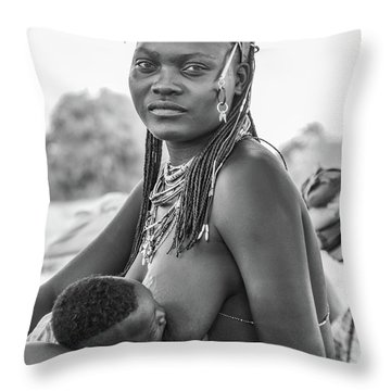 Zemba Mother And Child Throw Pillow
