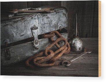Rusty Chain Wood Prints