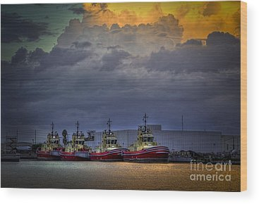 Port Of Tampa Wood Prints