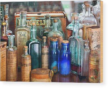 Pharmacies Wood Prints