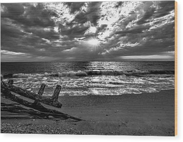 Colorless Sunset Wood Print by Bob Jackson