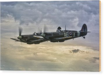 Spitfires Double Trouble Wood Print