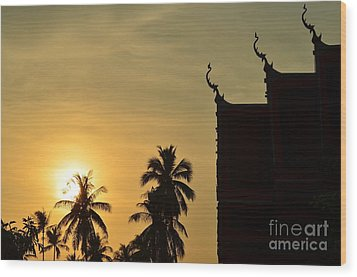 Wood Print featuring the photograph  Sunset In The Tempel by Michelle Meenawong