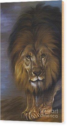 The Lion King Wood Print by Andrzej Szczerski