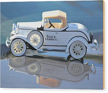 Wood Print featuring the photograph  Vintage Car by Lorna Maza