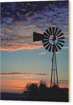 Windmill At Dawn Wood Print by David and Carol Kelly