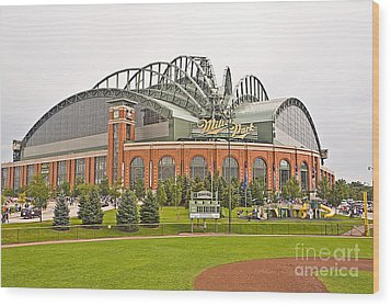 0622 Milwaukee's Miller Park Wood Print