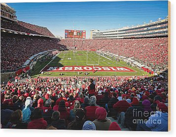 0814 Camp Randall Stadium Wood Print