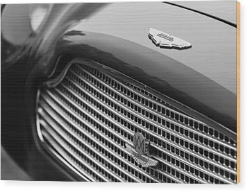 1960 Aston Martin Db4 Gt Coupe' Grille Emblem Wood Print by Jill Reger