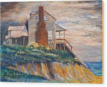 Abandoned Beach House Wood Print by Dan Redmon