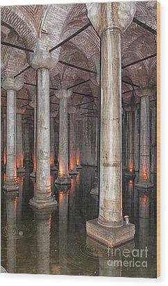 Basilica Cistern 02 Wood Print