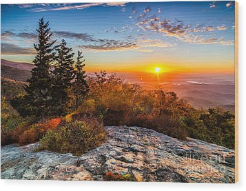 Beacon Heights Sunrise Wood Print