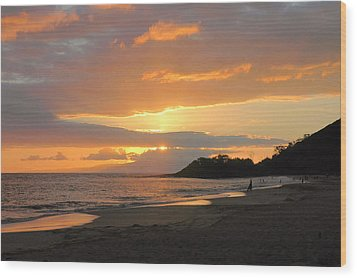 Big Beach At Sunset Wood Print by Stephen  Vecchiotti