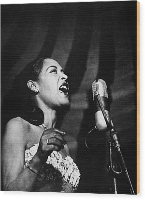 Billie Holiday (1915-1959) Wood Print by Granger
