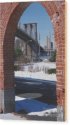 Bklyn Bridge Wood Print by Bruce Bain