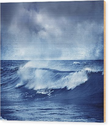 Blue Wave Wood Print by Guido Montanes Castillo