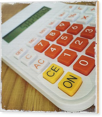Calculator Wood Print by Les Cunliffe