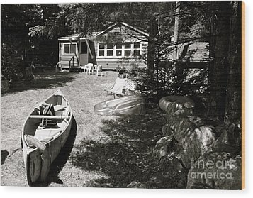 Canoe At The Lake Wood Print by Paul Cammarata