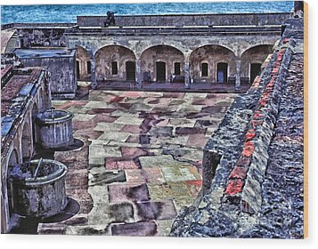 Castillo De San Cristobal Wood Print by Thomas R Fletcher