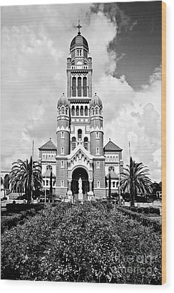 Cathedral Of Saint John The Evangelist Wood Print by Scott Pellegrin