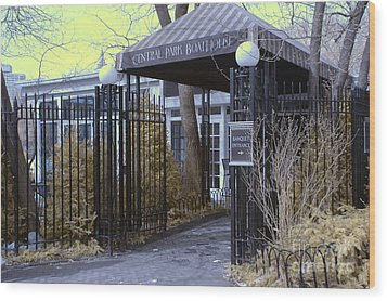 Central Park Boathouse Wood Print by Paul Ward