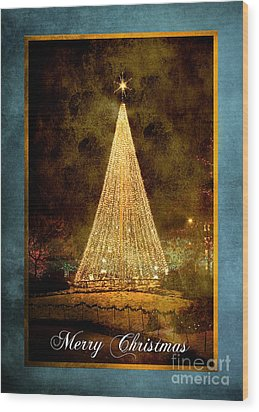 Christmas Tree In The City Wood Print by Cindy Singleton