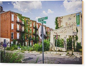Cincinnati Glencoe-auburn Place Picture Wood Print by Paul Velgos