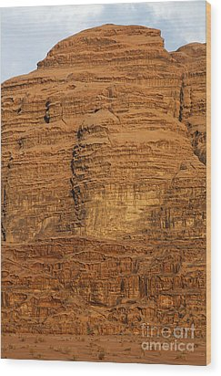 Close Up Of A Rocky Outcrop At Wadi Rum In Jordan Wood Print by Robert Preston