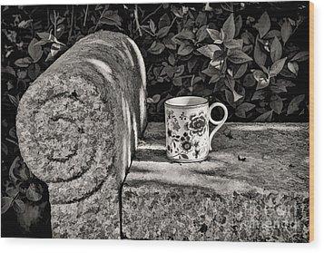 Coffee In Garden Wood Print