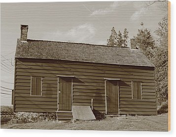Farmhouse  Wood Print by Frank Romeo