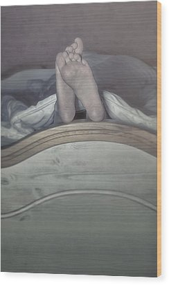 Feet Wood Print by Joana Kruse