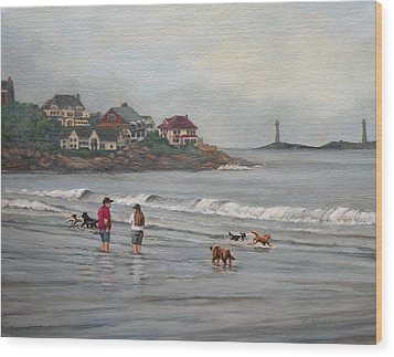Fog Rolling In On Good Harbor Beach Wood Print